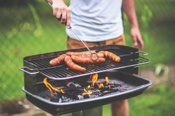 The Proper way to cleaning a BBQ Grill