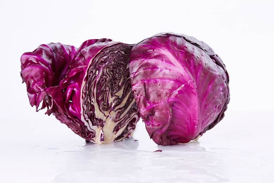Red cabbage: large intakes and few calories